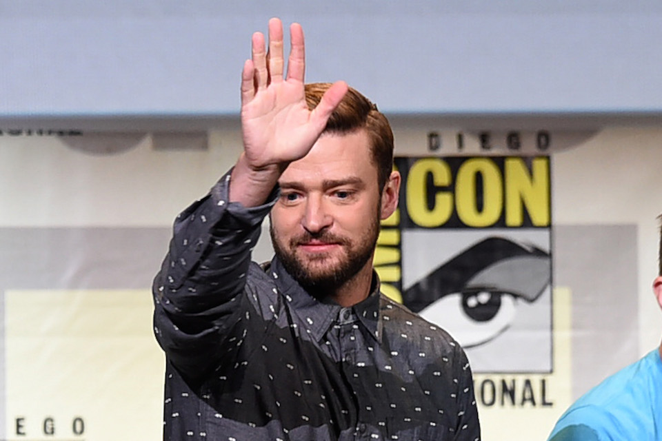ed9de1053cbab Justin Timberlake Takes A Hand To The Face - Dish Nation ...