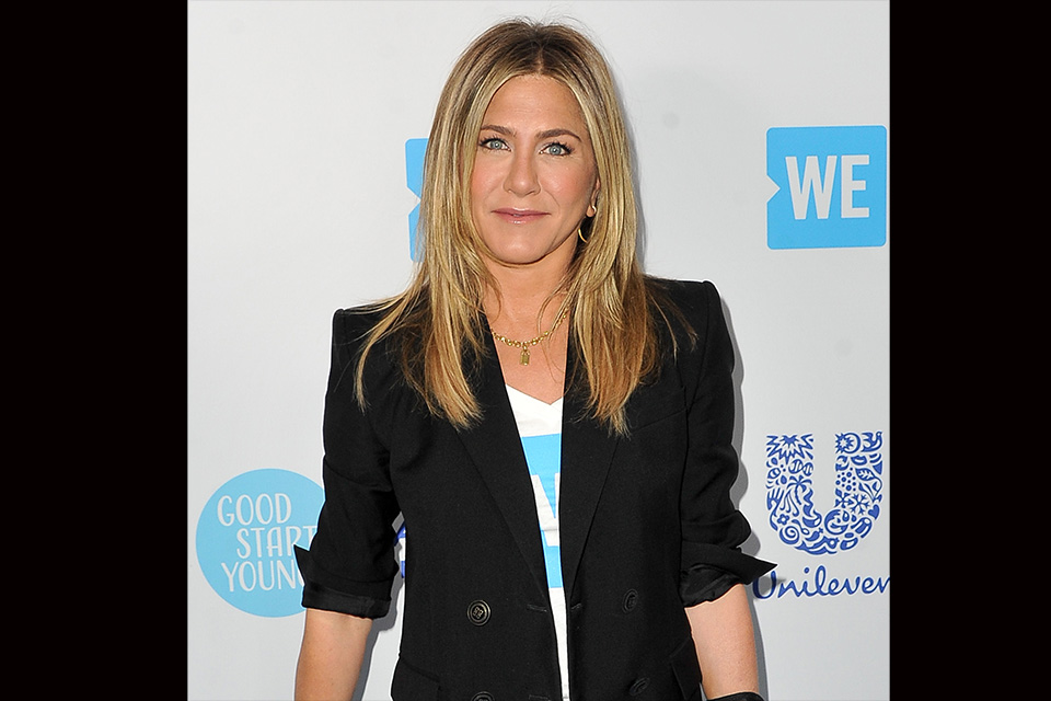 Jennifer aniston is actually a lesbian